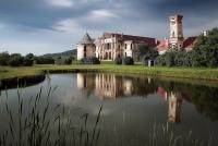 foto Castelul Banffy, Bontida. Atmosfera fascinanta, plina de istorie: vizitati-ne!