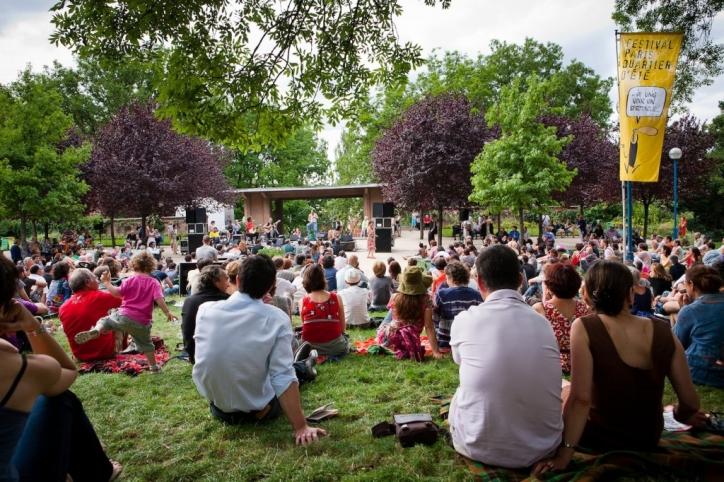 foto Festivalul de Vara de la Paris (Quartier d'Eté Festival)