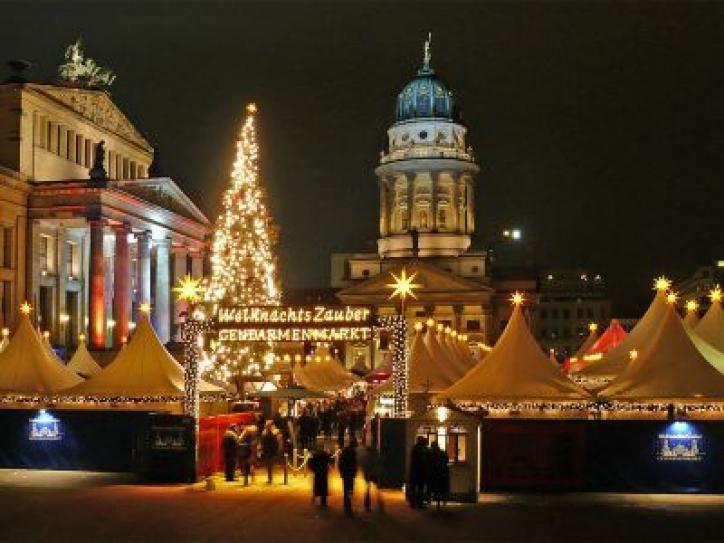 foto Piata de Craciun din Berlin