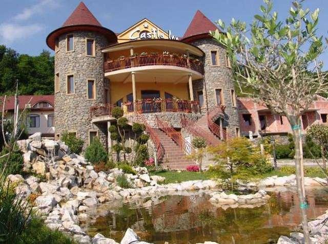 Pensiunea Castle Inn