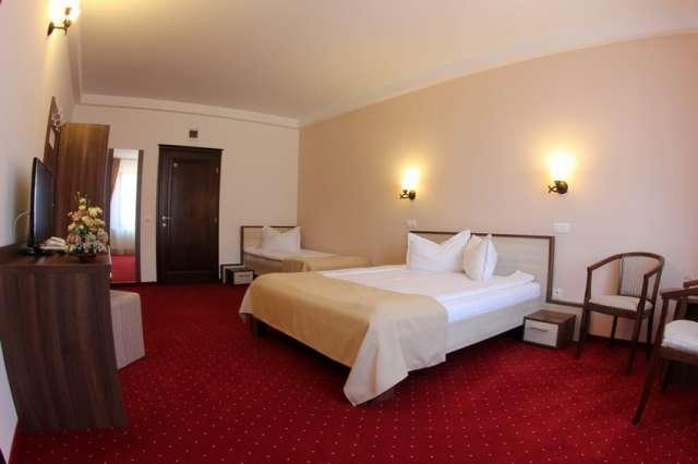 Hotel Stefani - room photo 10875455