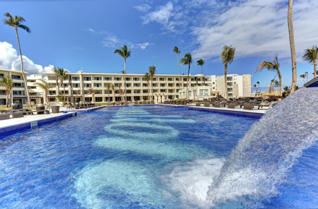 REP. DOMINICANA Noutate - Royalton Bavaro 5* Luxury Junior Suite All Inclusive PROMO FEBR! Zbor inclus din Madrid TAXE INCLUSE!