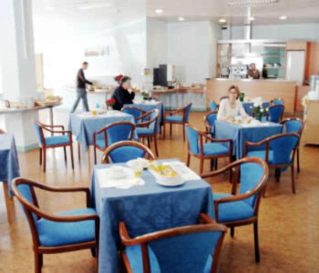 Oferta cazare hotel ornato prin agentia jolly tour agency for Hotel ornato milano