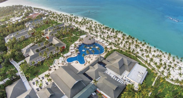 REP. DOMINICANA Premium - Barceló Bavaro Beach 5*ADULTS ONLY All Inclusive! Zbor inclus din Madrid TOATE TAXELE INCLUSE!