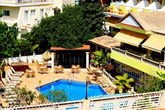 Sejur la plaja in Mallorca la doar 826 euro, avion din Cluj!!!