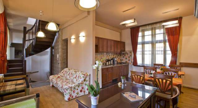sejur hotel casa reims oferte sejur hotelul hotel casa reims. Black Bedroom Furniture Sets. Home Design Ideas
