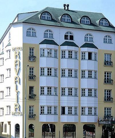 Last Minute Orasul De Aur Praga 6 nopti 309 euro!