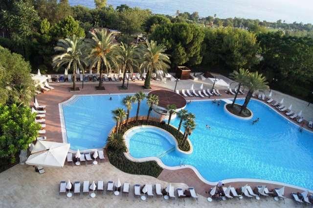 Hotel munte piscina