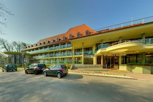 Hotel Family Wellness Hotel Gyula****Superior