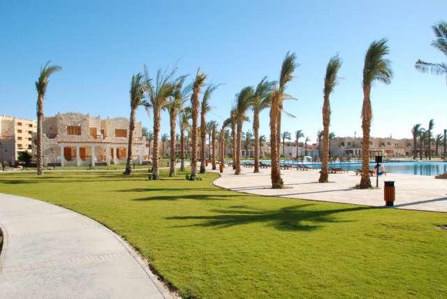 EGIPT REVELION - ROYAL LAGOONS AQUA PARK RESORT 5* ALL INCLUSIVE Charter din Bucuresti TOATE TAXELE INCLUSE!