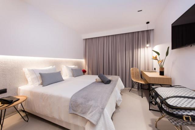 CRETA Oferta Limitata! AMMOS BEACH HOTEL ADULTS ONLY 5*Nou! PREMIUM ALL INCLUSIVE Charter din Bucuresti si Cluj, Taxe Incluse!