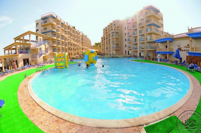 HURGHADA din BUCURESTI: SPHINX AQUA PARK BEACH RESORT 5*, la 391 €/loc in camera DBL.Avion,transfer si taxele incluse