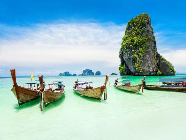 DISTRACTIE PE PLAJA IN THAILANDA LA 5***** DELUXE 7 NOPTI CU MIC DEJUN ZBOR DIN OTOPENI CU TAXE INCLUSE