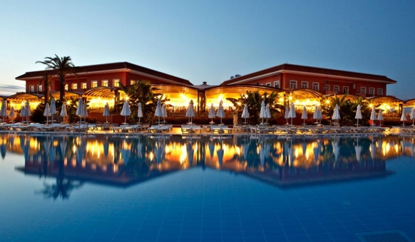 ANTALYA Deals - CRYSTAL PARAISO VERDE RESORT 5***** ULTRA ALL INCLUSIVE! Charter Tarom 20 & 24 iulie! Toate Taxele Incluse!