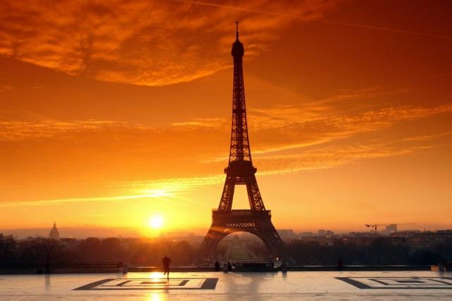 Last Minute Paris