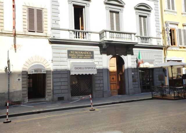 Vine Primavara la Florenta - Gioia 3* /mic dejun, bilet de avion, taxele de aeroport la 305€/loc in DBL/4n