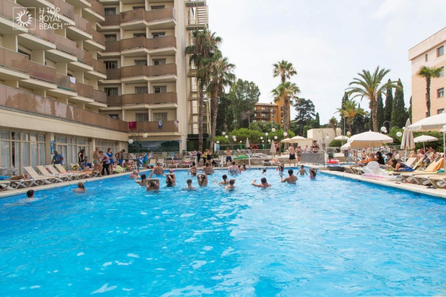 Costa Brava -TOP ROYAL BEACH 4 *, pensiune completa, bilet de avion, taxe incluse la  712€/loc in DBL