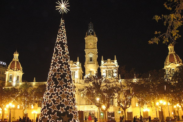 City break de 1 Decembrie la Targul de Craciun din Valencia  !!! Super oferta 270 euro