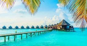 Holiday Island Resort And Spa